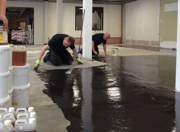 jan baars interieurs in veenendaal kiest de hoogwaardige vloerproducten van f ball voor het opknappen van hun eigen showroom